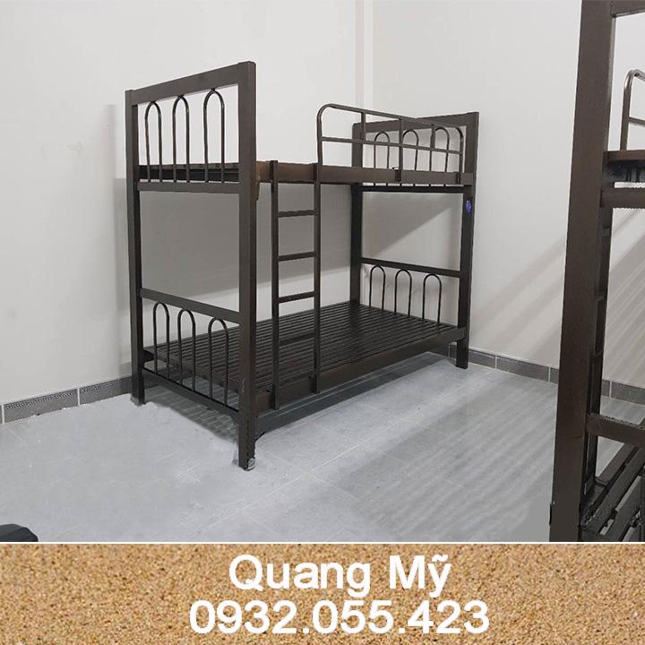 Giường tầng sắt hộp vuông