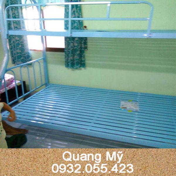 Giường tầng sắt giá rẻ 08m-1m2x2m
