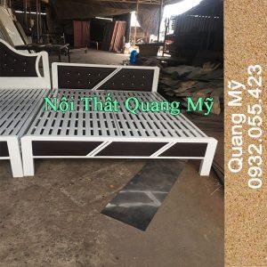 Giường sắt 1m8 hộp vuông giá rẻ